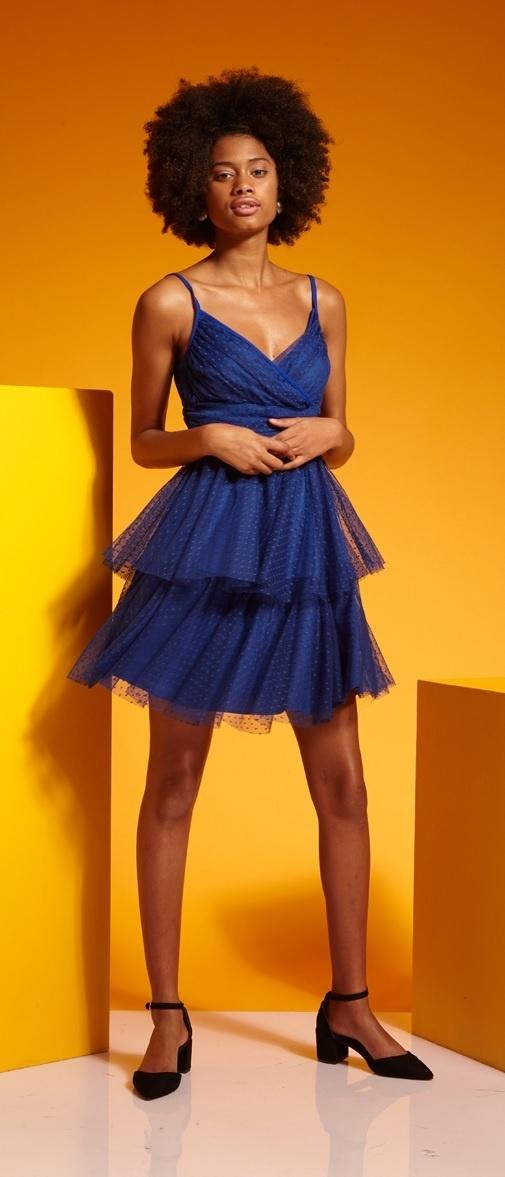 06a2a0af8ca7 ... modré TUTU šaty Krásná Večernice