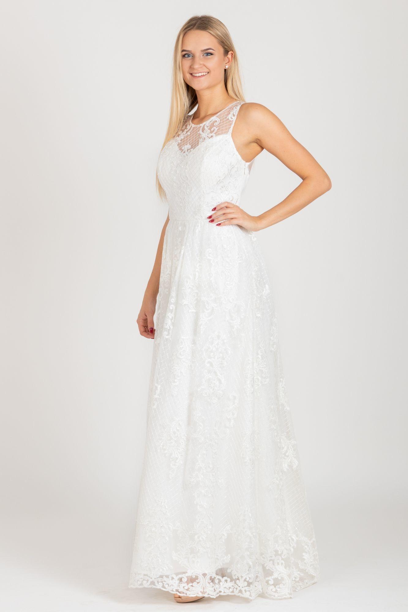 afae0d7da84 ... bílé Chi Chi London exkluzivní svatební šaty Olivia