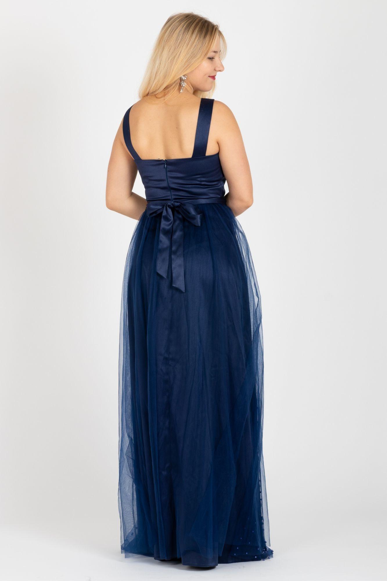 Společenské šaty Elizabeth a7050cd9ed