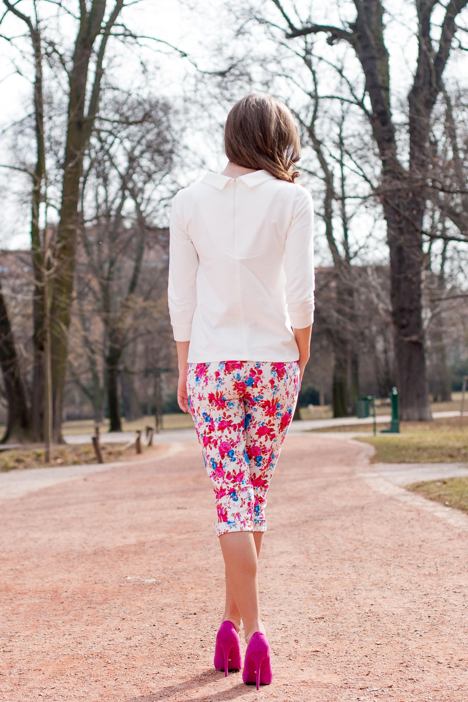 ... bílé LindyBop tříčtvrteční kalhoty Kendra 7bb4e755f7
