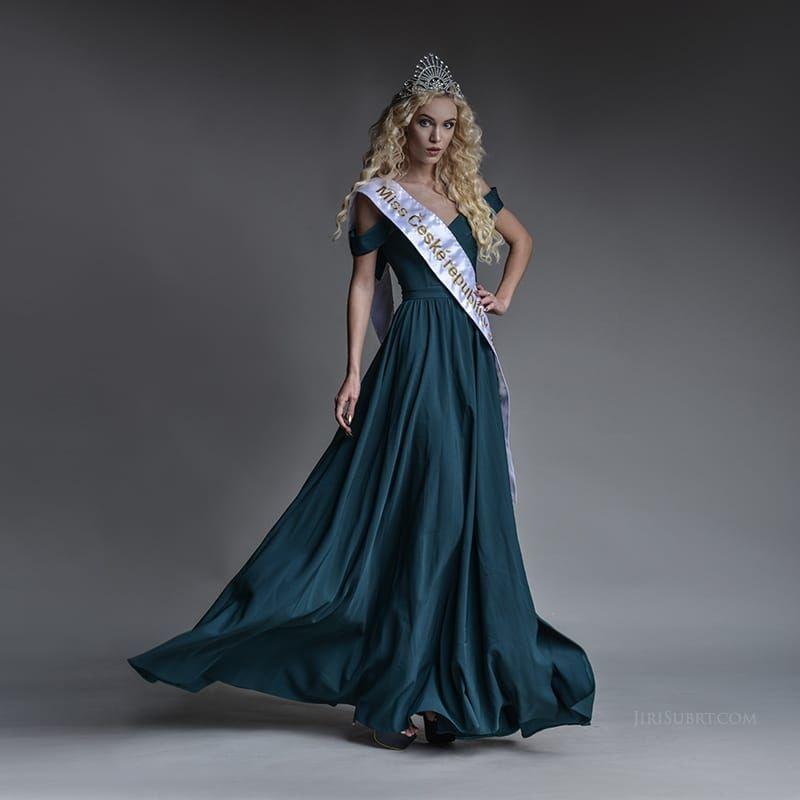 Plesové šaty Providentia Plesové šaty Providentia ... df49d18401f