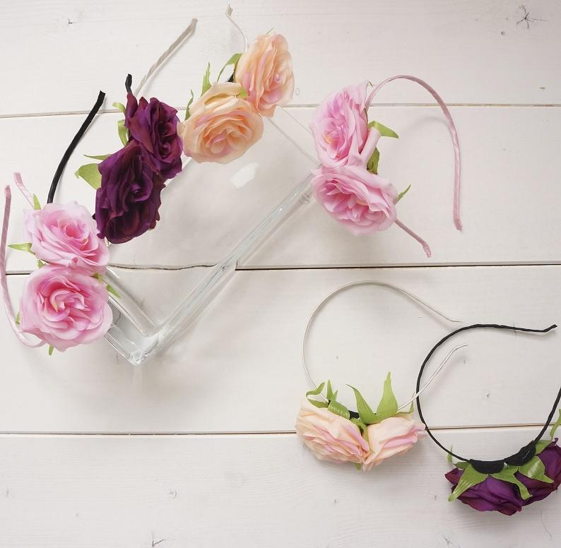 ... růžová Květinová čelenka do vlasů Carmen ada68e4027